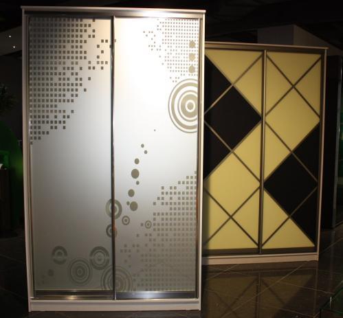 Шкаф-купе-П48 (фасад: пескоструйный рисунок на зеркале)